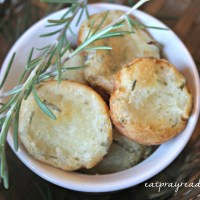 Perfect Rosemary Cheese Bites