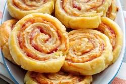 Splendiferous Cheese Pinwheels Hot Bacon Puff Pinwheels Bacon Puff Pinwheels Recipe Ham Cheese Pinwheels Made Crescent Rolls Ham