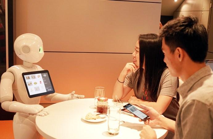MasterCard habilita a Pepper de SoftBank en el manejo de pagos digitales
