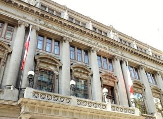 Firma digital en Banco de Chile con monitores provistos por Intdata