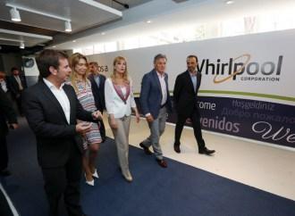 Whirlpool inauguró sus líneas de producción de cocinas en La Tablada