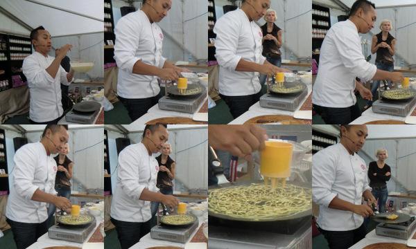 How to make Malaysian Pancakes