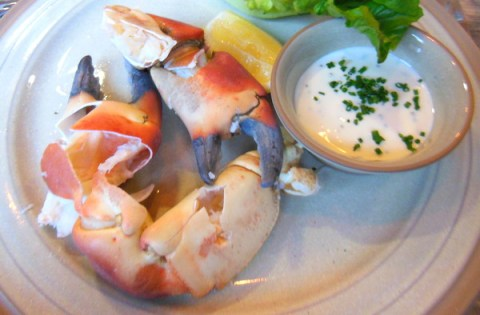 Crab claws and mayonnaise at Scran and Scallie