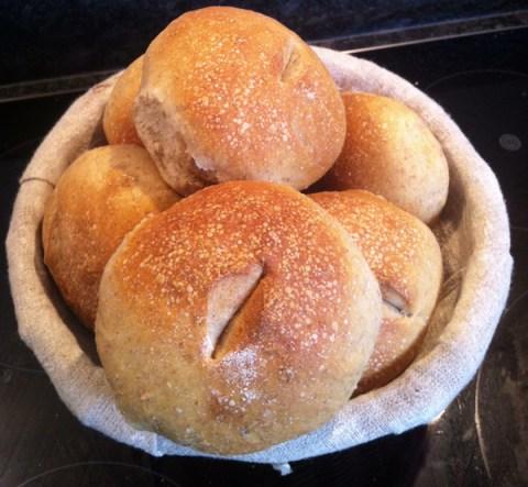 Marie's Ale Bread Rolls