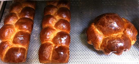 "Brioche dough: Nanterres on the left and ""big head"" on the right"