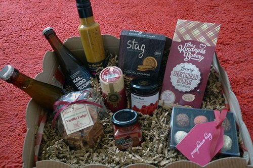 The Higland Fayre Scottish Artisan Treasure hamper is full of interesting (and yummy) treats.