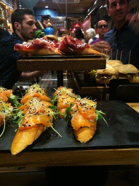 Salmon pinxtos at Sirimiri