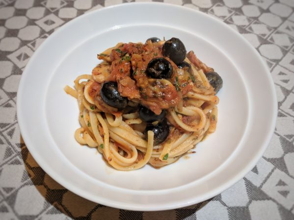 Basic pasta sauce: flavoursome, easy and full of umami.