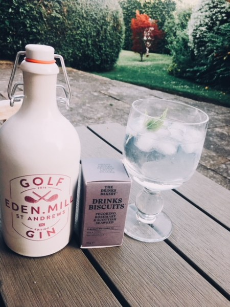 My favourite Drinks Biscuits flavour was the Pecorino, Rosemary & Scottish Seaweed. I paired it with a St Andrew's Eden Mill Golf gin - most appropriate