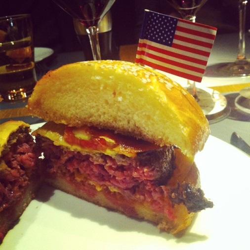 110 Taillevent restaurant un été américain cheeseburger