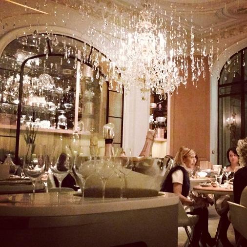 plaza athénée alain ducasse salle restaurant