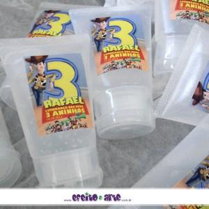 Bisnagas com álcool gel | Toy Story