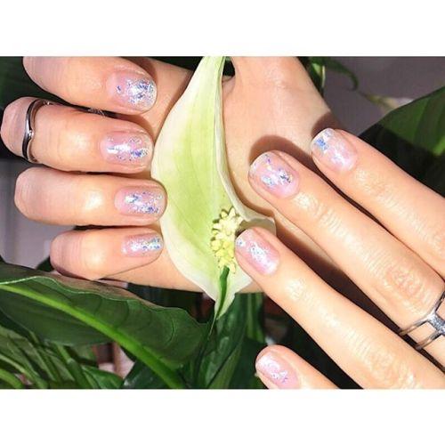 Student, bal eller bröllop? Varför inte göra snygga naglar som håller i 14+ dagar? #CNDShellac