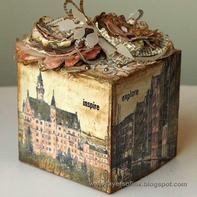 Art with Heart Challenge {May Flowers} City Scape Artist Trading Block by Anna-Karin Evaldsson | Eileenhull.com
