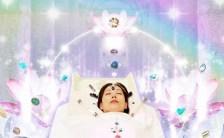 マユリさんインタビュー「豊かさを引き寄せ、幸せ体質に変わる! スピリチュアル・クリスタル&前世セラピー」