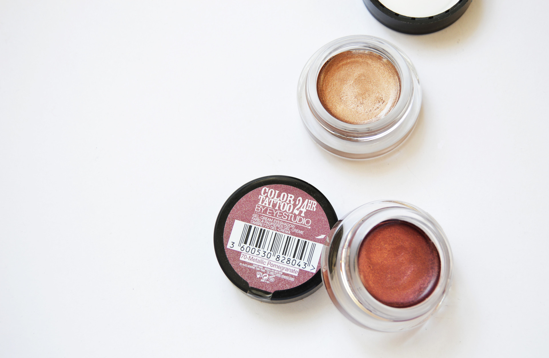 Maybelline Color Tattoo 24 HR eye shadows review and swatches