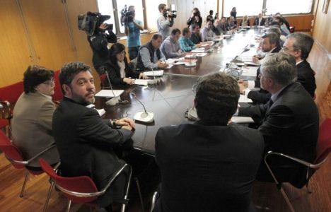 El secretario de Estado de Energía, Alberto Nadal, reunido con los integrantes de la Mesa del Carbón (Juan Lázaro)