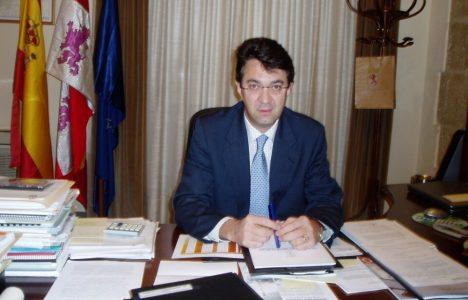 Juan Martínez Majo es también alcalde de Valencia de Don Juan además de diputado provincial (Dicyt)