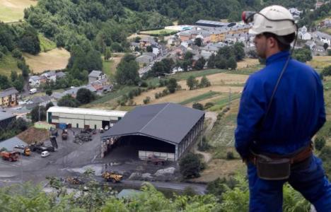 Minero en las instalaciones del Grupo Alonso