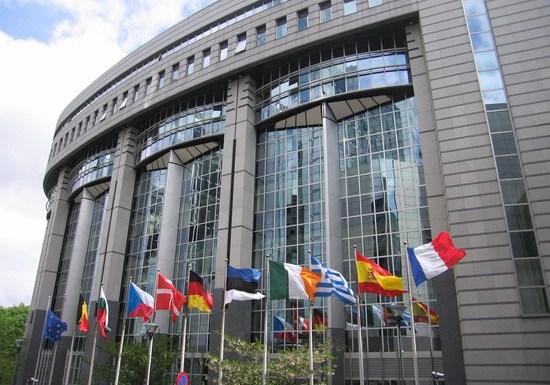 37004_il_parlamento_europeo_bruxelles