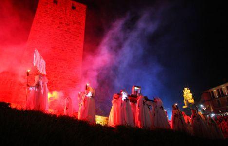La noche templaria gana cada año en espectacularidad (César Sánchez)