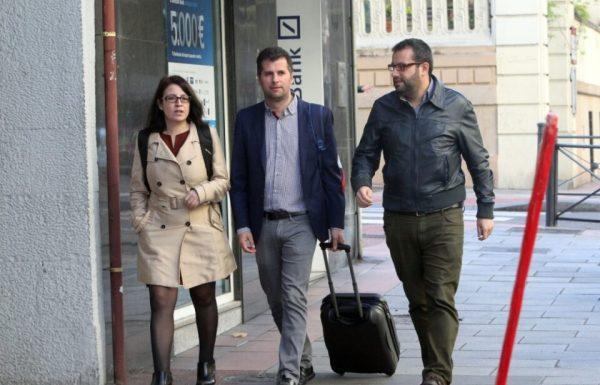 Tudanca, a su llegada al comité federal del PSOE. Ical