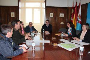 Los alcaldes bercianos del Camino de Santiago unen sus fuerzas para restar problemas de señalización