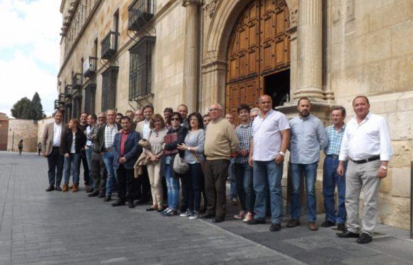 Reunión de alcaldes de municipios mineros socialistas de León.