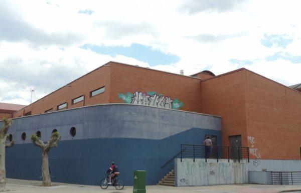 """Empleados municipales han empezado el """"lavado de cara"""" de las instalaciones que permanecieron cerradas un año para su reapertura la próxima semana"""