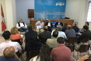 Imagen de la Junta Comarcal del PP celebrada este miércoles