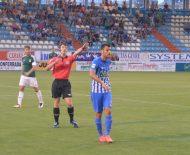 Chavero, durante el partido ante el Oviedo en El Toralín. / A. CARDENAL