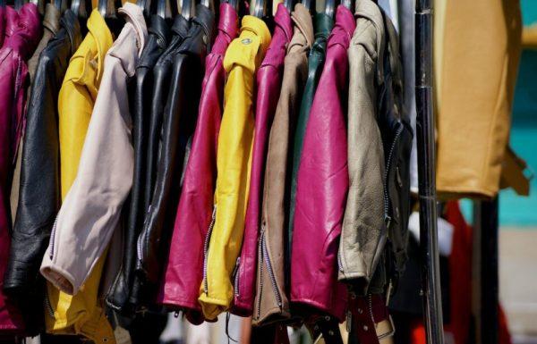 clothing-842338_1920