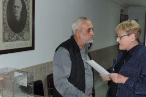 Antonio Vega y Rita Prada, miembros de la Comisión Ejecutiva Municipal del PSOE, en la sede de Ponferrada. / Archivo EBD