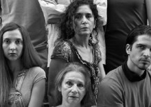 «H παράλειψη της οικογένειας Κόλεμαν» στο Θέατρο της οδού Κεφαλληνίας