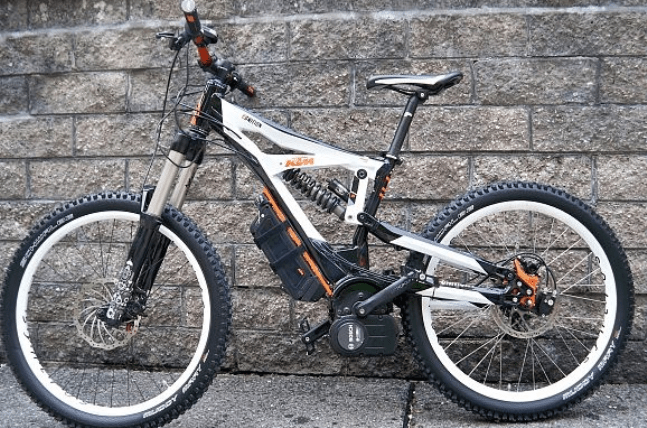 """KTM's full-suspension electric-assist """"eGnition"""" line had previously contracted to use the """"clean Mobile"""" drive, until they recently went out of business. Bosch is a very healthy company, and KTM has decided to jump on-board the Bosch train."""