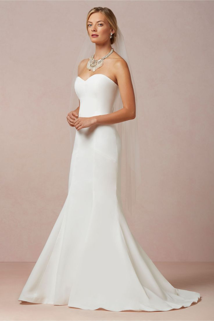 simple elegant wedding dresses simple elegant wedding dress Simple Elegant Wedding Dresses