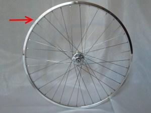 6964-montare-copertoncino-bicicletta-03