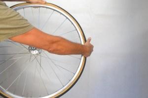 6992-montare-copertoncino-bicicletta-31
