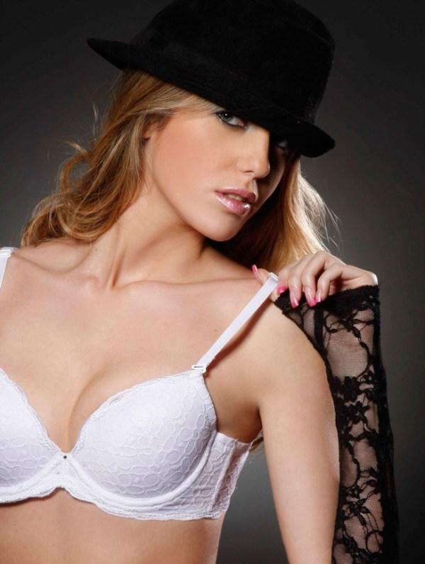 Miss Uruguay en ropa interior