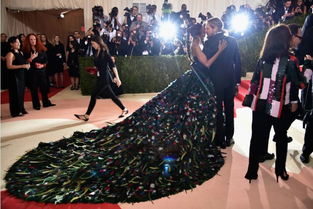 """NEW YORK, NY - MAY 02: Zoe Saldana and Marco Perego attend the """"Manus x Machina: Fashion In An Age Of Technology"""" Costume Institute Gala at Metropolitan Museum of Art on May 2, 2016 in New York City.   Dimitrios Kambouris/Getty Images/AFP"""
