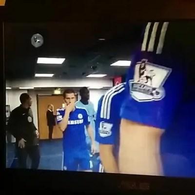 ¿ Agresión o cahondeo ? Hazard y Yaya Toure en el túnel de vestuarios (video)