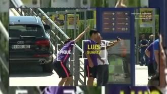 Luis Suárez descubre al Piqué más bromista (Vídeo)