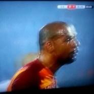 Sucia pelea entre compañeros del Galatasaray en la final de Copa en Turquía (Vídeo)