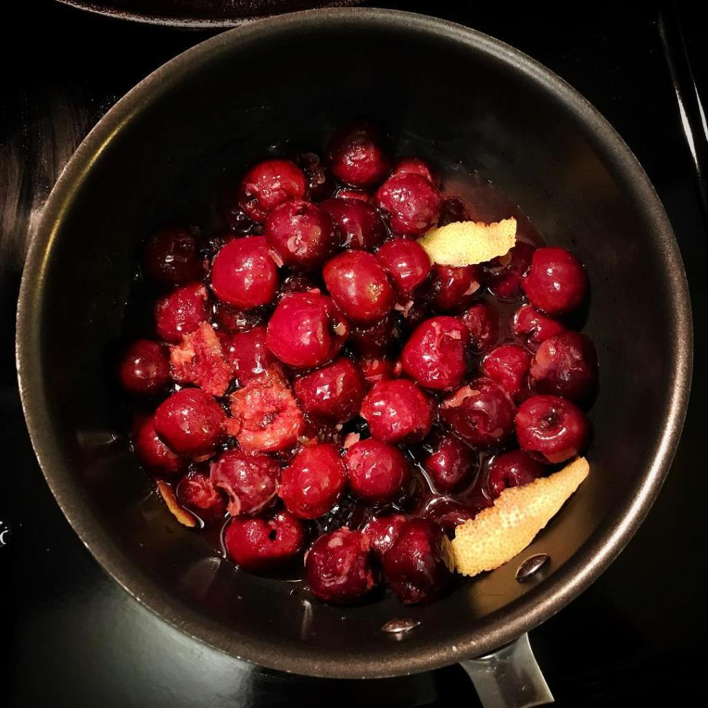 Cherry compote time! Makes yogurt for breakfast so much morehellip