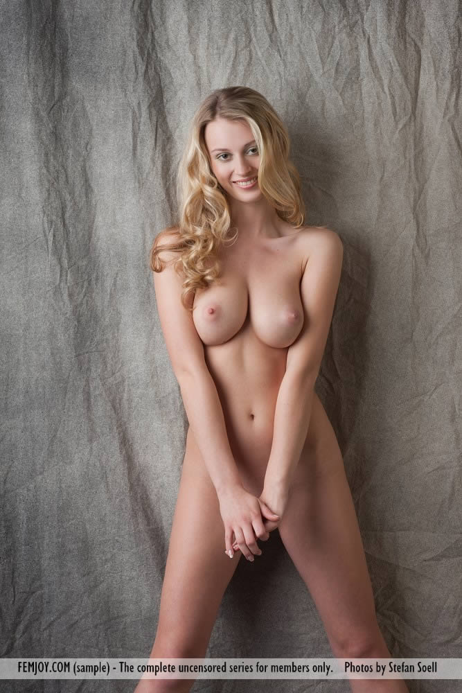 blonde carisha porn