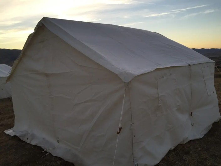 Photos video elk mountain tents for Wall tent idaho