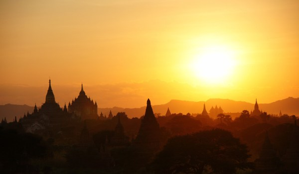 Sunset on the stupas at the ancient city of Bagan