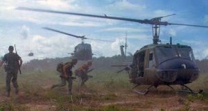 helicóptero pilotos de combate