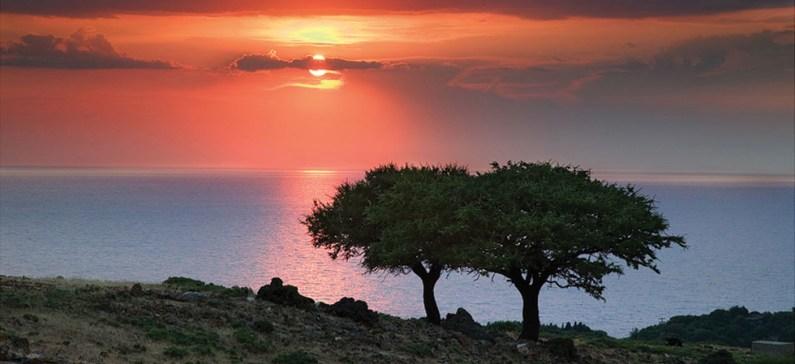 Η Σαμοθράκη είναι παγκοσμίως γνωστή λόγω του διάσημου αρχαιοελληνικού αγάλματος τηςΝίκης, το οποίο βρέθηκε το 1863 στο νησί.