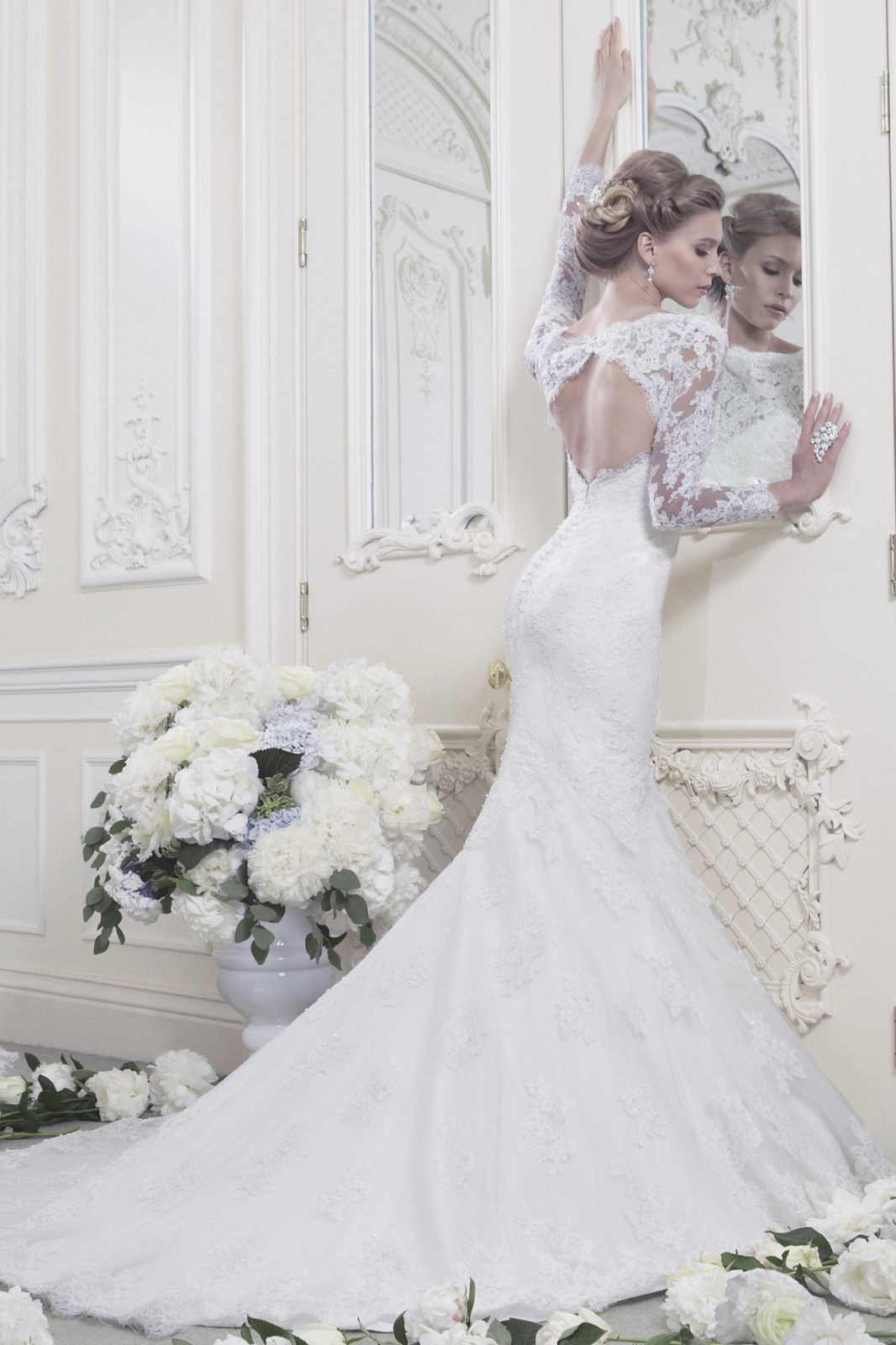 fishtail wedding dress Fishtail with statement back STYLE